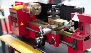 best mini metal lathe