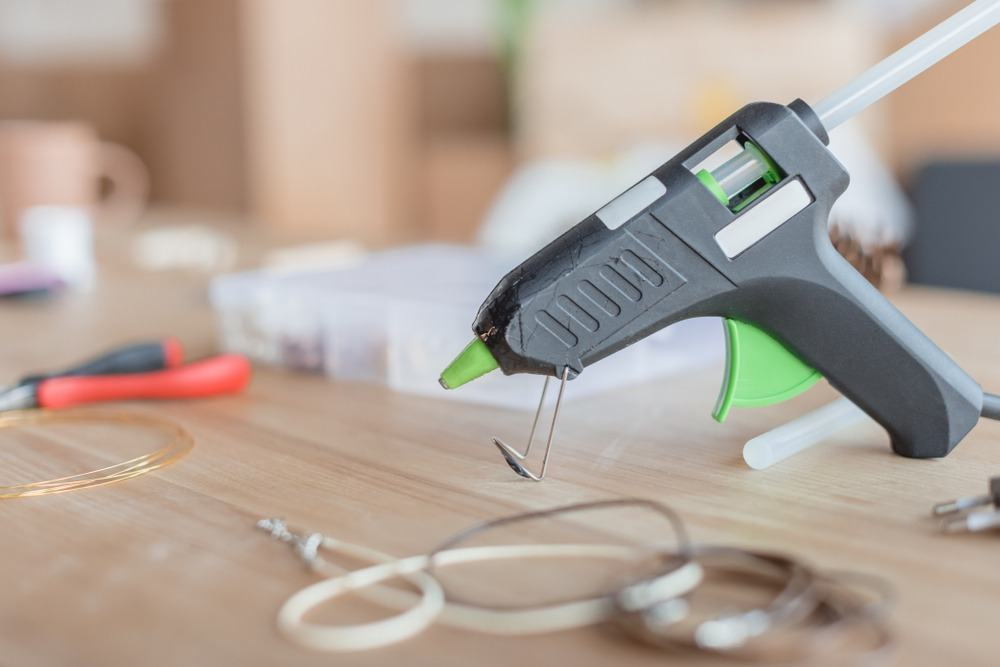 10 Best Hot Glue Guns in 2021
