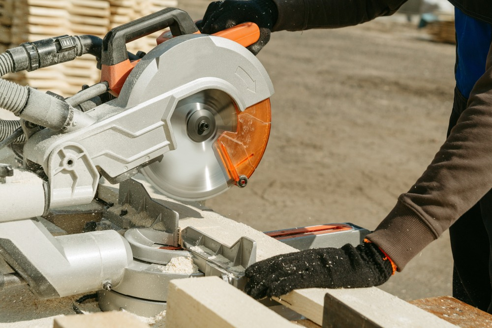 10 Best Sliding Miter Saws in 2021