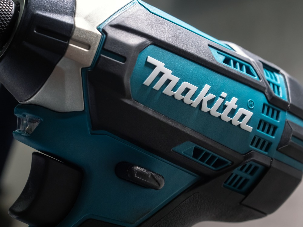 10 Best Cordless Impact Wrenches in 2021